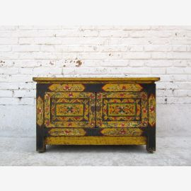 China in 1920 , Tibet antique paintings nice little pine commode como ID basso BT.37