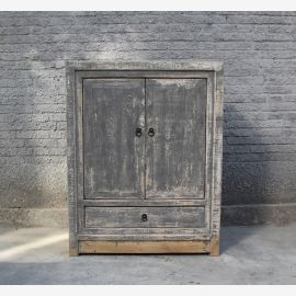 First-class wooden cabinet in used-look painted in grey.