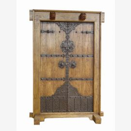 Real wood door from China with detailed applications made of wood and metal