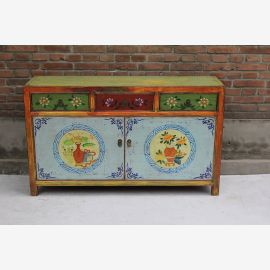 High quality sideboard from China made of impeccable wood with many details