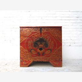 China Tibet ca 1930 small antique pine chest with classic red golden dragon painted face by Luxury Park